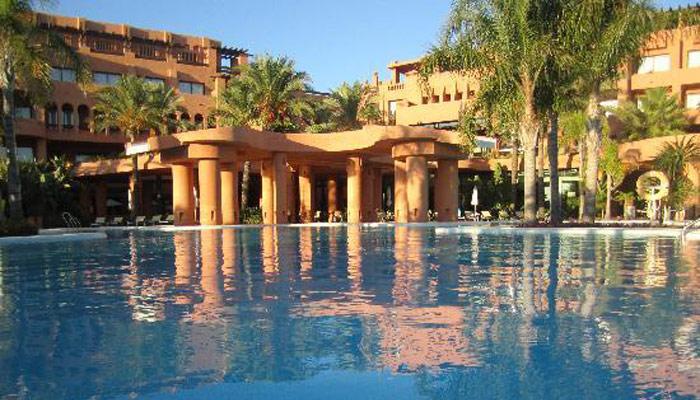Passover vacations - Hotel barcelo santipetri ...